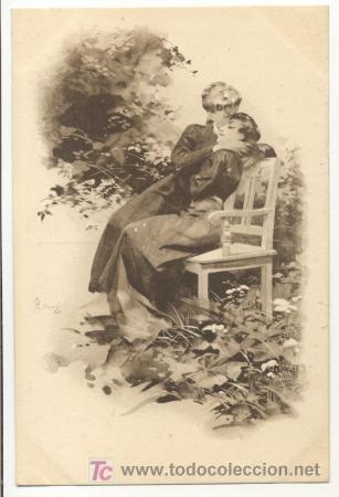 Bonita postal: Mujeres abrazadas y besandose en un parque (Postales - Galantes y Mujeres)