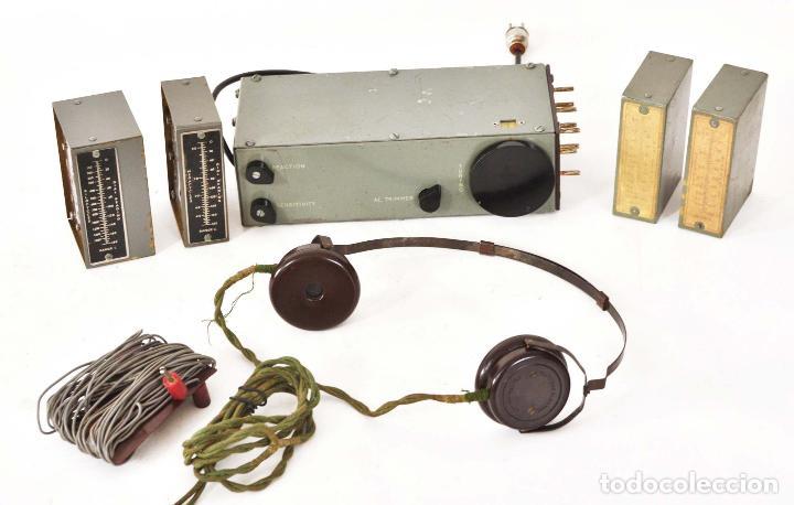 Equipo de radio militar