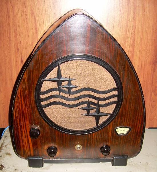 Radio de válvulas Philips.